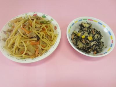 28.2.25 麺の日 焼き肉パスタ